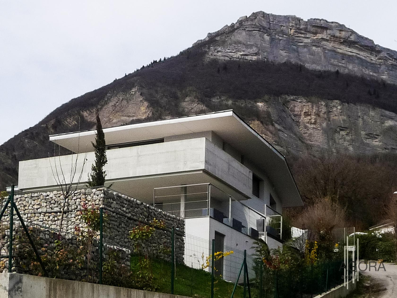villa d corenc 38 agora architectes grenoble agora architectes grenoble. Black Bedroom Furniture Sets. Home Design Ideas